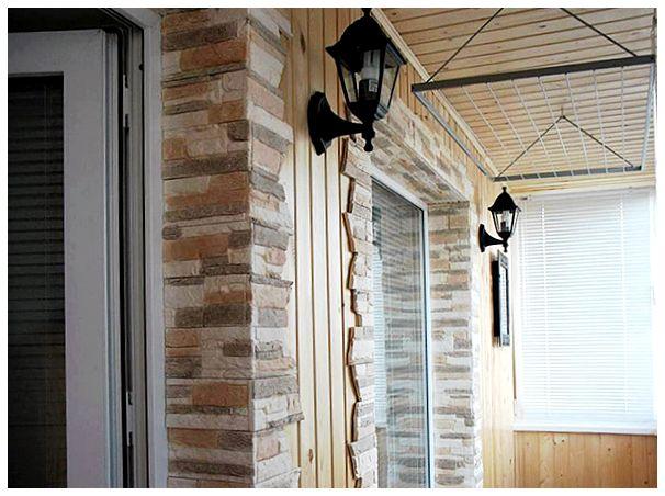 Отделка балконов внутри, 25 фото примеров различных материал.